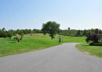 path through the golf green at Forest Ridge Golf & Country Club in Chelmsford, Greater Sudbury