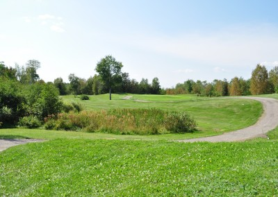 Forest Ridge Golf & Country Club - Gardens and golf green.