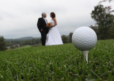 Forest Ridge Golf & Country Club - Unique golf inspired wedding photo.